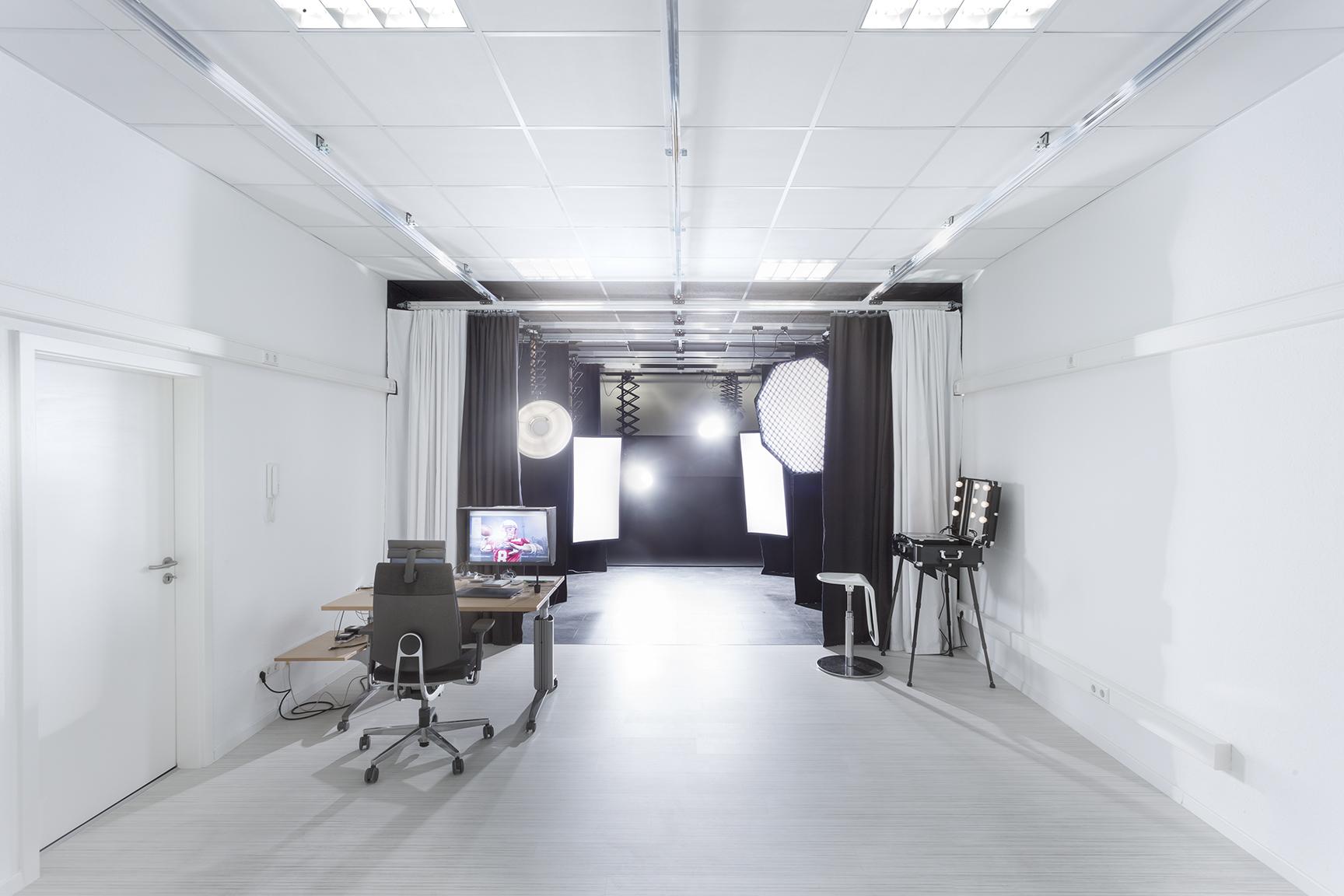 Studio_klein