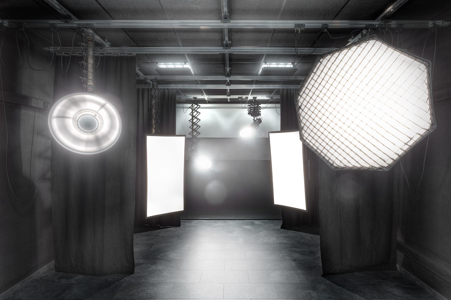 Studio_schwarz_klein